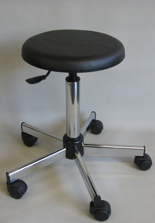 tabouret medical roulettes 12